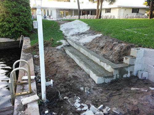 retaining wall seat before 7 (2)
